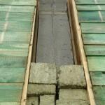 Schallbrücke über Haustrennwand und unzulässige Resteverarbeitung, Brandschutz!