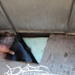 Bodenabdichtung Dachterrasse, Abdichtungsbahn nur ca. 3 cm bis über Oberkante Fußboden geführt, nicht befestigt